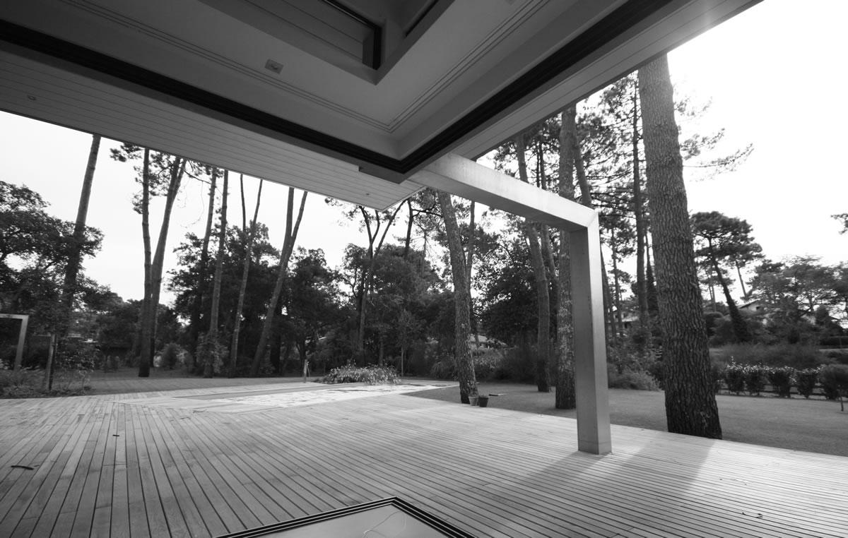 maison-hossegor_beton_verre-11